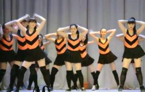 Танец пчелок. Источник: скриншот с YouTube